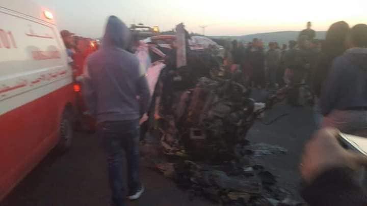 سيارت الهلال الأحمر هرعت إلى مكان الحادث
