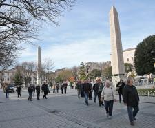 اسطنبول تواصل استقطاب سياح العالم