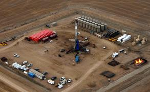 وزير النفط الإماراتي: سوق النفط ستستقر قريبا