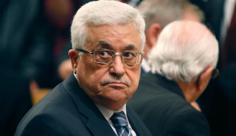 قيادي بتيار دحلان: سنتخذ إجراءات موازية لأفعال عباس ضد غزة
