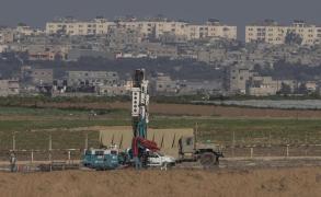 الاحتلال يزعم تعرض جنوده لإطلاق نار على حدود غزة