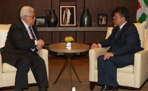 عباس: مجموعة من الإجراءات حال نقل السفارة للقدس
