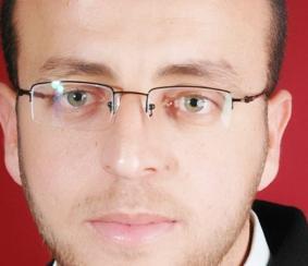 الأسير الصحفي المضرب عن الطعام محمد القيق