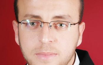 """الاحتلال ينقل الصحفي محمد القيق لمستشفى """"سجن الرملة"""""""