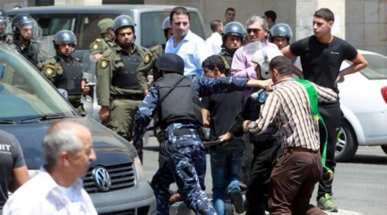 أجهزة السلطة تعتقل مواطنين