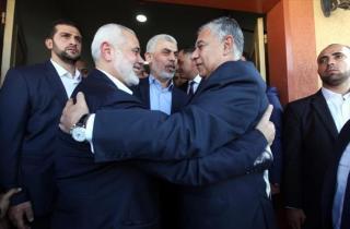 فصائل: حماس مكّنت الحكومة وسلّمت المعابر وأدّت ما عليها