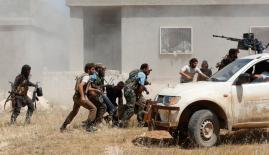 اشتباكات متواصلة في الموصل بالعراق