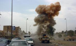 عشرات القتلى بتفجيرات ومعارك بالعراق