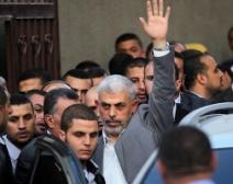 الفصائل: حماس مكّنت الحكومة وسلمتها المعابر والوزارات في غزة