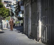 إضراب شامل في الأراضي الفلسطينية تضامنا مع الأسرى