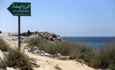 بجبال من القمامة.. بلدية الزوايدة توسع شارع البحر