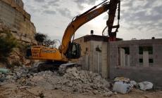 الاحتلال يشرع بهدم منزل ذوي الشهيد أشرف نعالوة