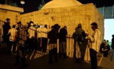 مئات المستوطنين اقتحموا قبر يوسف بحجة أداء طقوسهم التلمودية
