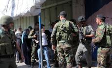 أجهزة السلطة تستدعي 3 ومعتقل بسجونها يتعرض لتعذيب شديد