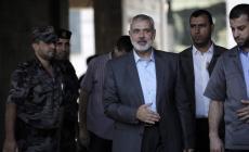 هنية يهنئ شعبنا الفلسطيني بالعيد ويدعوه للدفاع عن المسجد الأقصى