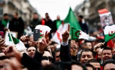 الجزائريون يترقبون قرار المجلس الدستوري … والمادة 102 تقسم الطبقة بين مؤيد ومعارض
