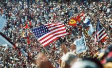 Flag_crowd.jpg