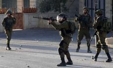 الاحتلال يقتحم أبو ديس ويداهم منزلين