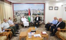 بالصور: هنية يلتقي السفير العمادي في غزة