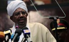 البشير حكم السودان لأكثر من 30 عاما والآن معتقل في سجون كوبر بالخرطوم (الجزيرة)