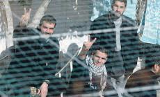 """بدء تركيب خطوط هواتف لأسرى """"حماس"""" في سجن """"رامون"""""""