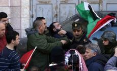 مستشرق إسرائيلي: السلطة تقلص هامش حرية الصحافة بالضفة