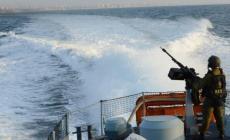 زوارق الاحتلال تطلق النار تجاه مراكب الصيادين