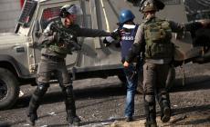 23 انتهاكا إسرائيليا بحق الصحفيين في تموز