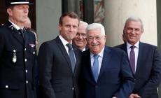 عباس يطلع ماكرون على مستجدات القضية الفلسطينية