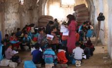 700 طالب فلسطيني بمخيم درعا يبدأون عامهم الدراسي بلا مدارس