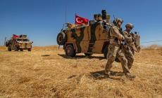 مقتل جنديين تركيين قرب الحدود مع سوريا في هجوم بقذائف هاون