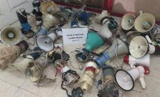الشرطة في غزة تصادر عددا من مكبرات الصوت من الباعة المتجولين *