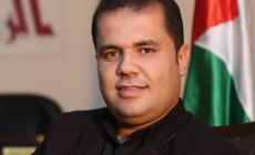 الكاتب محمد أبو قمر