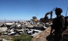 الاحتلال يهدم جزءا من منزل في جبل المكبر ويعتدي على صاحبه