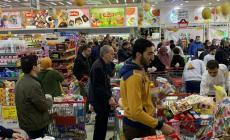 الاقتصاد: مخزون البضائع متوفر والبضائع تدخل بشكل يومي