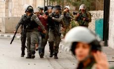 الاحتلال يعتقل 15 مواطنا من الضفة بينهم سيدة وقيادي بحماس