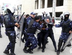 حماس تستنكر اعتداء أجهزة السلطة على المصلين في مسجد برام الله