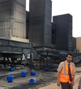 آثار قصف للحوثيين على محطة للطاقة في نجران قبل ثلاث سنوات