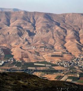 """رسالة المستوطنين لأهالي الضفة: مناطق """"ب"""" هدفنا.. فاذهبوا إلى شقق رام الله الفارغة"""