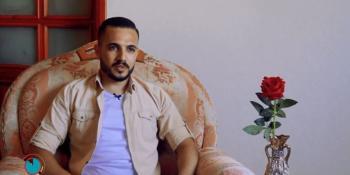 """من البصريات إلى الحلويات.. قصة خريج الصحافة """"محمد فرج""""!"""