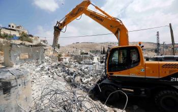 الاحتلال يواصل سياسة هدم المنازل بالضفة