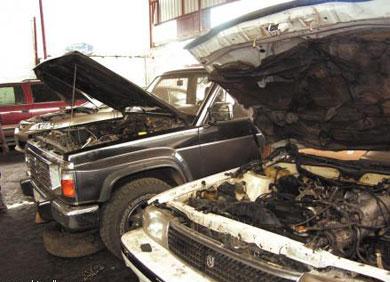 قطع غيار السيارات ملتهبة