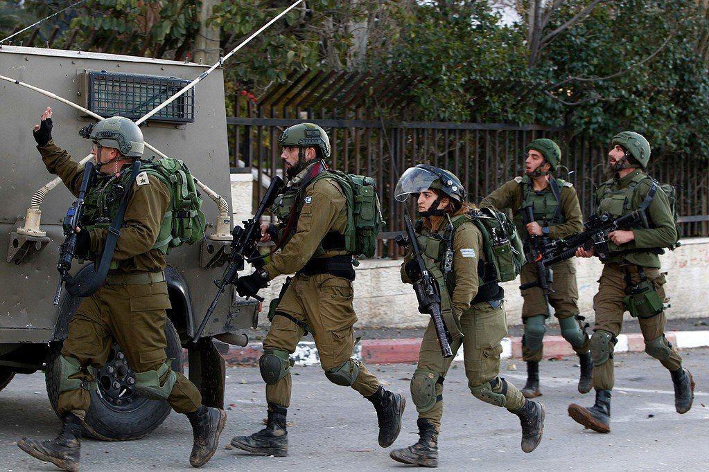 جنين: الاحتلال ينصب حاجزا عند مدخل اليامون ويعيق حركة المواطنين