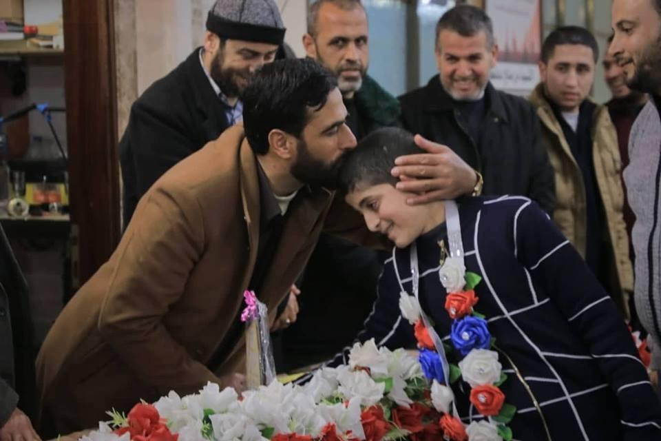 الطفل عودة.. حفظ القرآن ويسعى لإتمام الأحكام