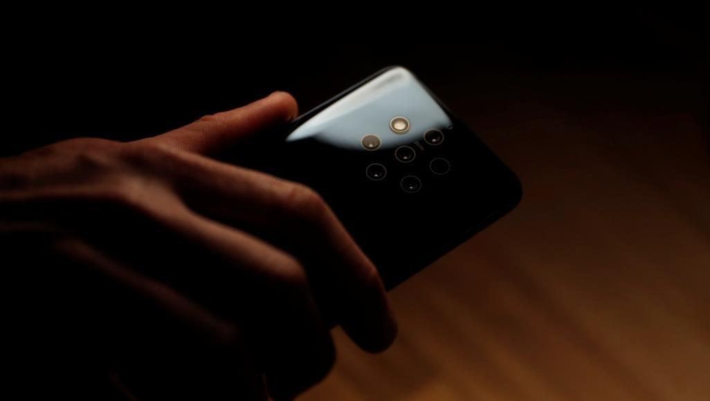 580.مزود بخمس كاميرات.. نوكيا تطرح هاتفا يثير رعب بعض المستخدمين