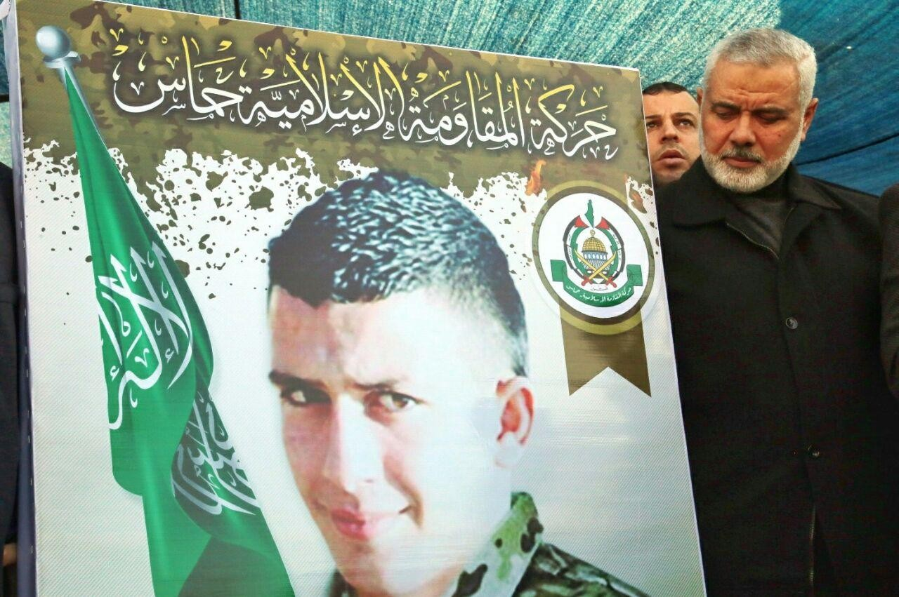 صورة من خيمة عزاء الشهيد عمر أبو ليلى
