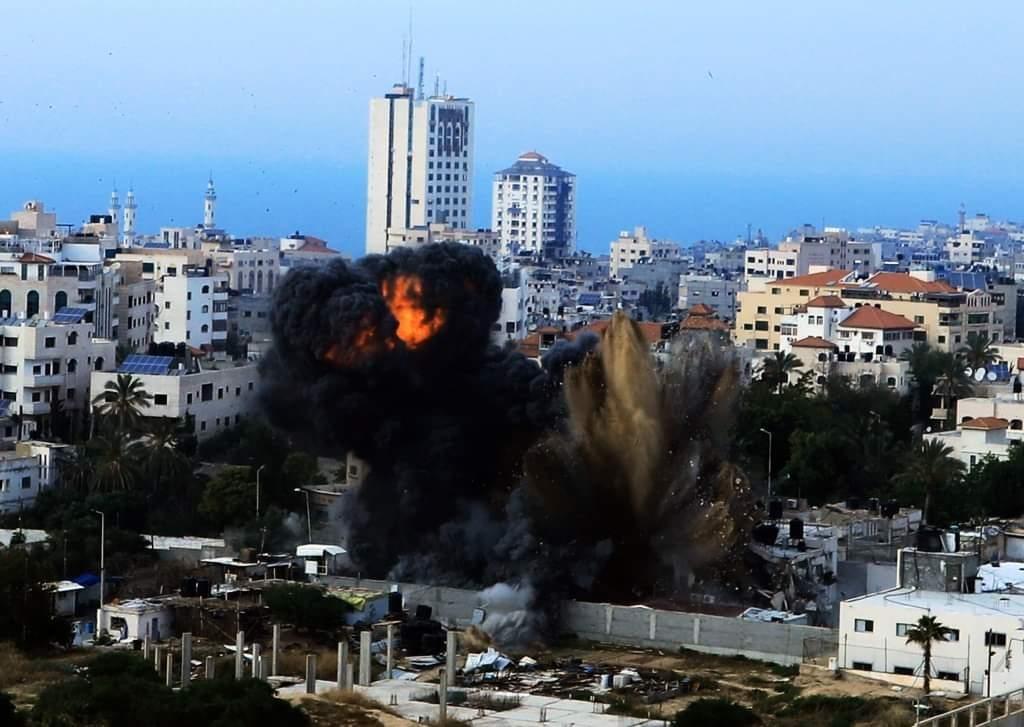 """يديعوت : حماس و"""" اسرائيل """" امام طريقين الهدوء او الحرب"""
