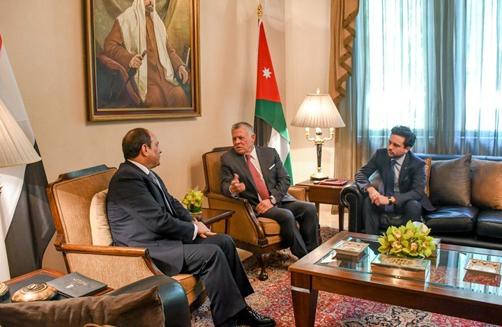 مستشرق إسرائيلي: لهذا سحضر عبد الله والسيسي بقمة البحرين