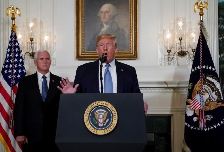 ترامب يرجح موعدا جديدا لإعلان صفقة القرن