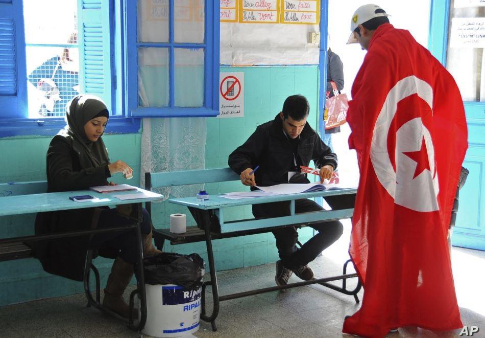 7 ملايين تونسي ينتخبون اليوم رئيسا جديدا